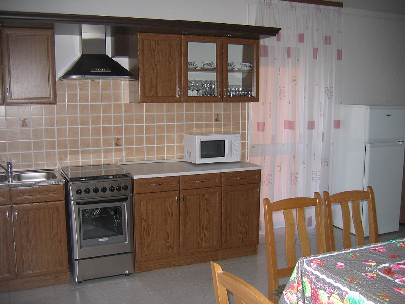 Balaton accommodation kitchen 3