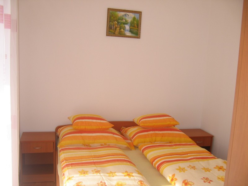 Zamardi apartment room 4